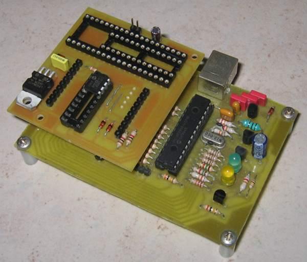 Open Programmer, an open source USB programmer for PIC, ATMEL AVR